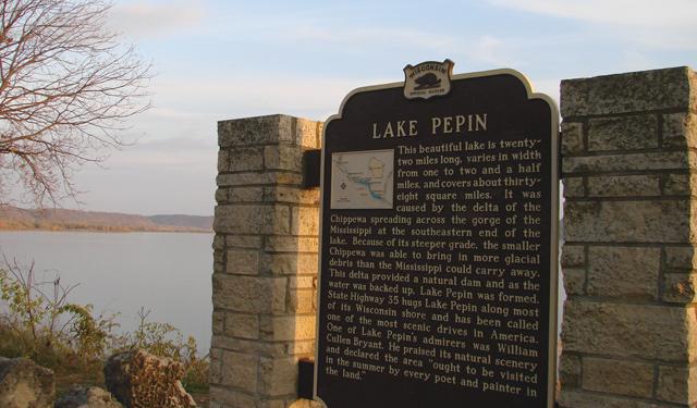 Roadtripping Lake Pepin