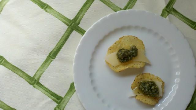 pesto-parmesan-chips