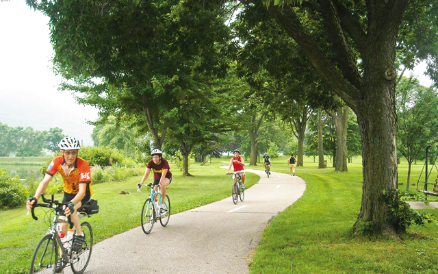 Bicyclists. Photo by Mary Farrell, courtesy of Visit Winona