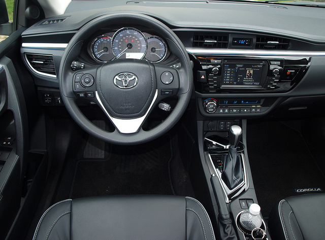 2014 Toyota Corolla 4