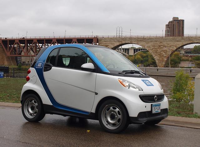 car2go's smart forTwo Pure at the Stone Arch Bridge, Minneapolis
