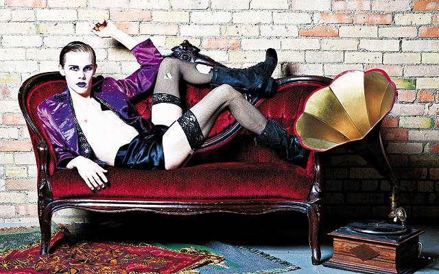 Tyler Michaels as the Emcee in Cabaret. Photo by Heidi Bohnenkamp