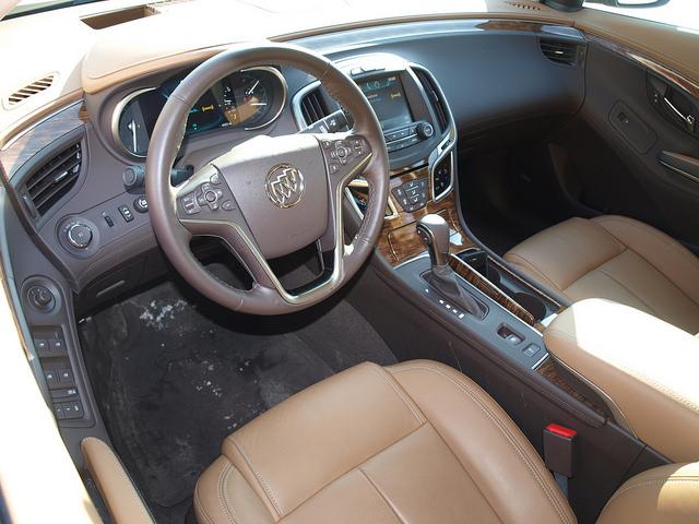 Buick LaCrosse 2