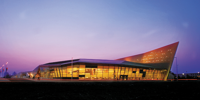 Canadian War Museum. Photo courtesy of © Ottawa Tourism