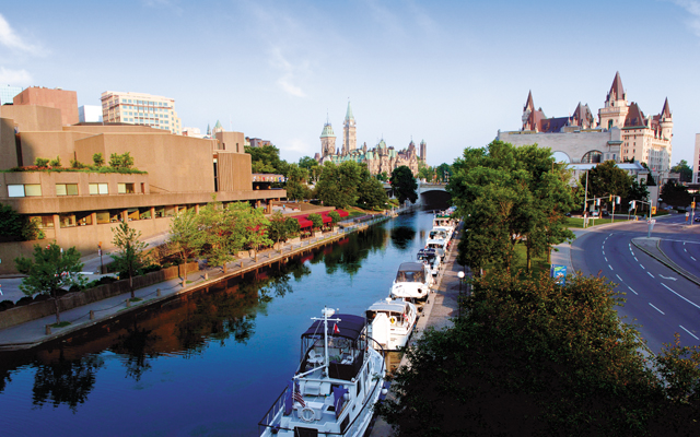 Ottawa Rideau Canal and Parliament Hill. Photo courtesy of © Ottawa Tourism