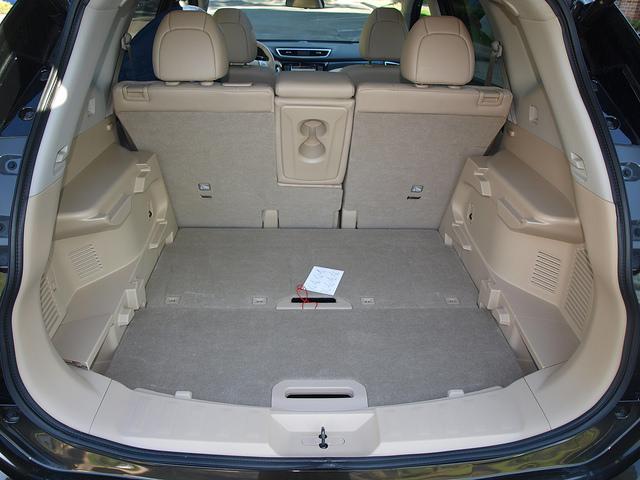 14 Nissan Rogue 3