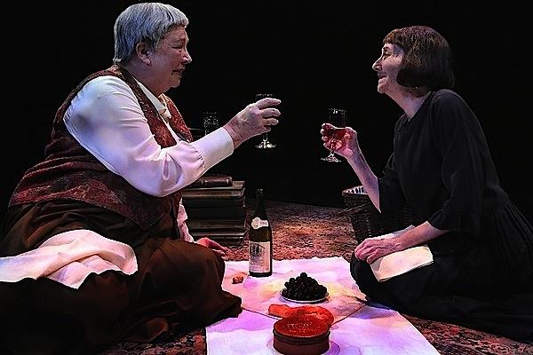 Gertrude Stein (Claudia Wilkens) and Alice B. Toklas (Barbara Kingsley). Photo by Michal Daniel.