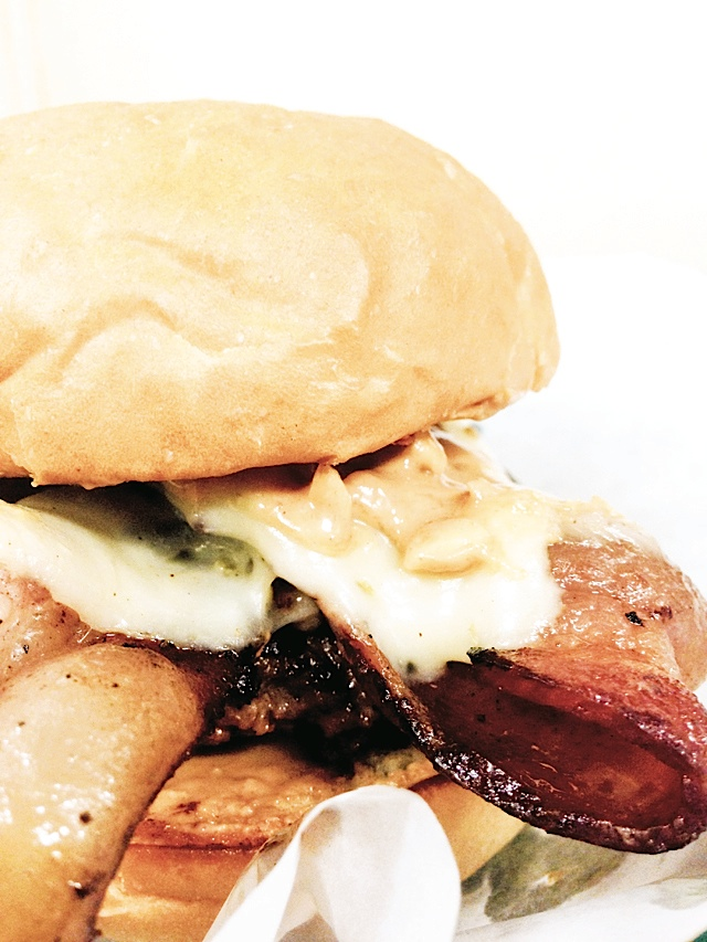 The Jiffy Burger. Photo courtesy of Blue Door Pub.