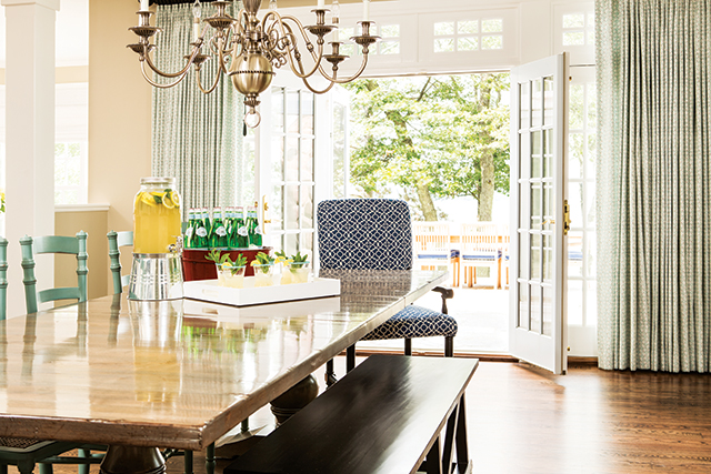 Interior design & photo styling by Martha O'Hara Interiors, remodel by Nor-Son Inc. Photography by Troy Thies Photography