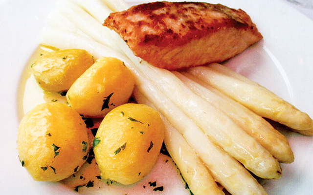 The famous white asparagus, here served with potatoes and salmon, Steigenberger Hotel. Photo by Carla Waldemar