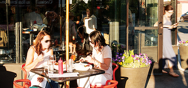 Food & Dining: New Outdoor Hot Spots