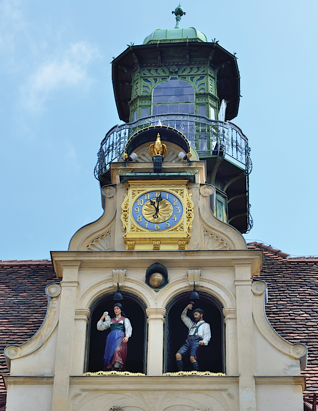 Glockenspiel Clock in Graz
