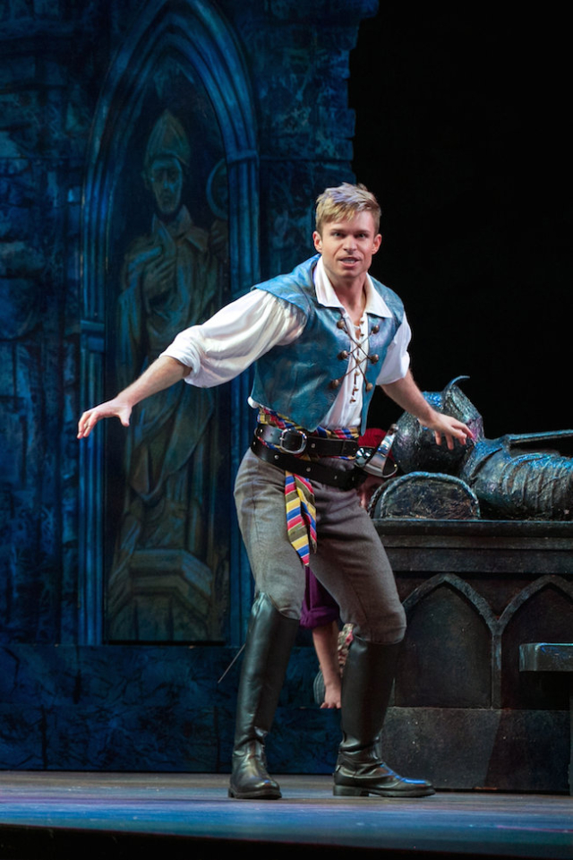 Hunter Ryan Herdlicka as Frederic in The Pirates of Penzance Photo by Molly Shields
