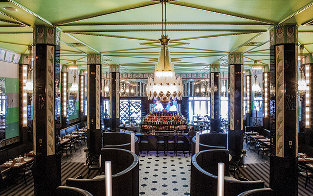 Art Deco redux at Il Foro. Photo by Mike Hnida