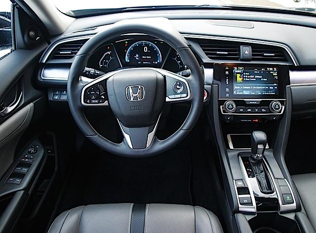 2016 Honda Civic Touring 008