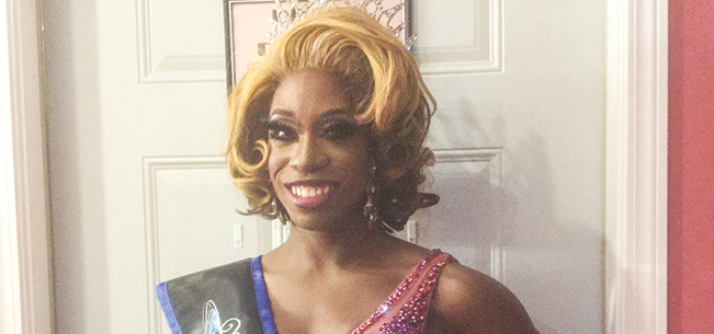 Gay 90's Hosts Miss City of the Lakes Pageant
