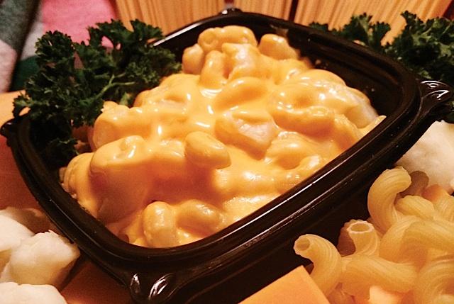 Eat the Menu Macaroni & Cheese Curds