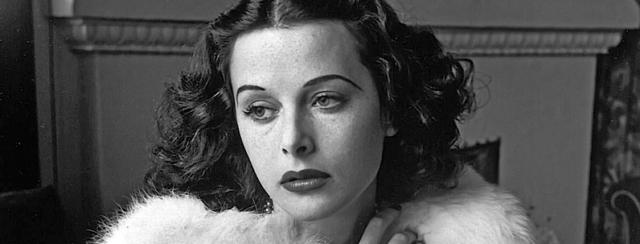 Hedy Lamarr - Glamorous portrait of movie actress Hedy Lamarr wearing white fox fur short jacket.1938 - ©Diltz/RDA/Everett Collection (00523921)