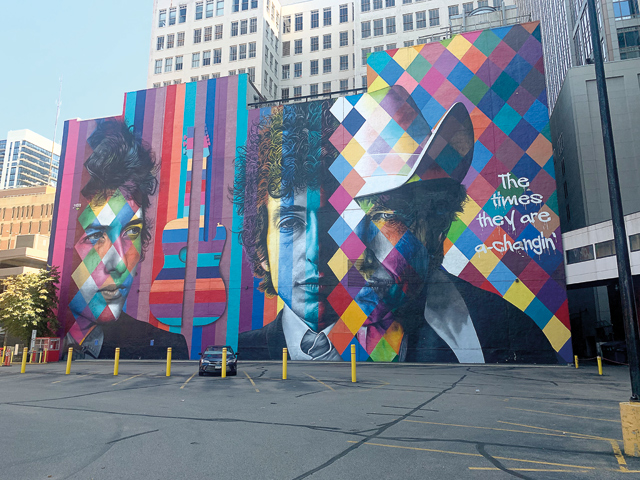 Eduardo-Kobra's-The-Times-They-Are-A-Changin'_Photo-by-Ryan-Patchin-