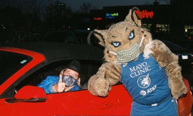 10.29.20 WNBA Minnesota Lynx Host Halloween Reverse Parade  Plymouth MN