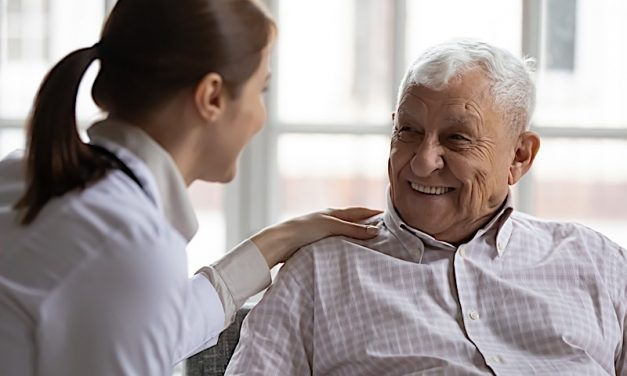 Lesbian, Gay, Bisexual Communities More At-Risk For Dementia, Study Finds