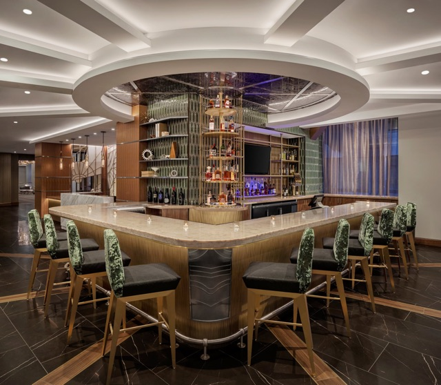 Whiskey & Soda Bar