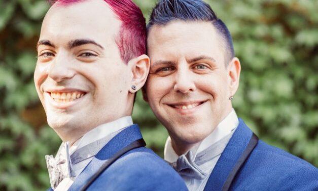 Real Weddings: Adam and Derek (Gerken) Hochberg