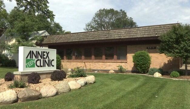 Serve Our Society: Annex Teen Clinic