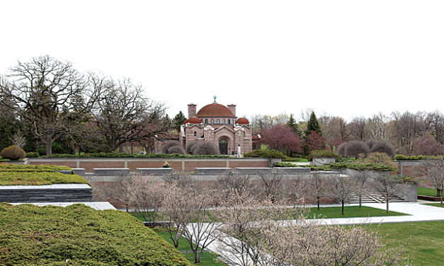 Lakewood Cemetery: The Haven in the Heart of the City