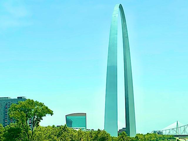 St. Louis Gateway Arch. Photo by Joey Amato