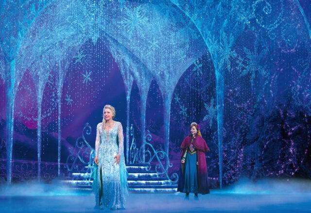 Caroline Bowman (Elsa) and Caroline Innerbichler (Anna) take the stage in the Frozen North American Tour